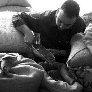 steve-davis-fairtrade-coffee-beans-baristador